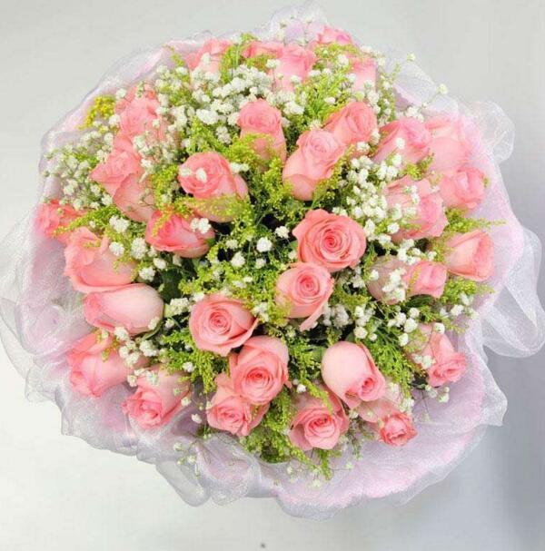 粉红色玫瑰的花语
